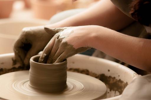 肩こり知らずの陶芸家さんにおすすめ!ホルターネックロングエプロン